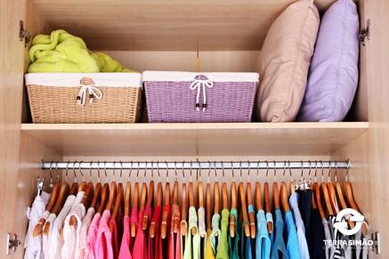 Aproveite as f�rias para organizar seu guarda-roupas