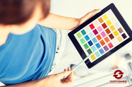 Escolha a cor certa para suas paredes usando aplicativos